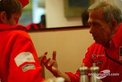 Marcus Gronholm y Corrado Provera