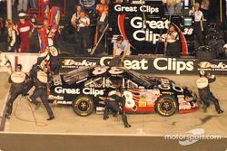 A pit stop for Kasey Kahne