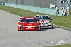 La Ferrari 360GT n°11 JMB Racing USA : Matt Plumb, Maurizio Mediani, la Porsche GT3 Cup n°37 TPC Rac