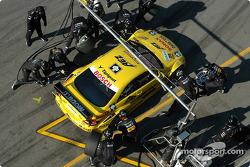 Boxenstopp-Training: Jarek Janis, Team Rosberg, AMG-Mercedes CLK-DTM 2003
