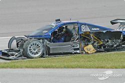 Darren Law reste dans la Porsche Fabcar n°58 Brumos Racing détruite