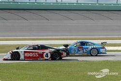 La Pontiac Crawford n°4 Howard - Boss Motorsports : Butch Leitzinger, Elliott Forbes-Robinson, la Po