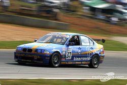Matt Richmond (BMW 325i n°37)