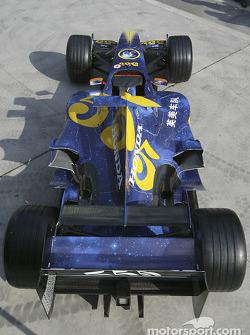 555' renk düzeni, Anthony Davidson'in BAR-Honda 006