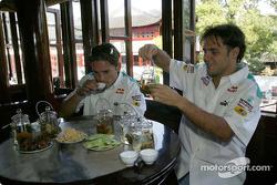 Giancarlo Fisichella et Felipe Massa visitent les jardins de Yu
