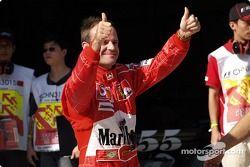 Рубенс Баррикелло, Ferrari, радуется поулу