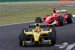 Timo Glock ve Michael Schumacher