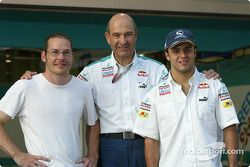 Peter Sauber with his 2005 drivers Jacques Villeneuve and Felipe Massa