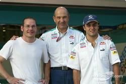 Peter Sauber avec ses pilotes 2005 Jacques Villeneuve et Felipe Massa