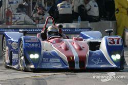La Lola B162 Judd n°37 Intersport Racing : Jon Field, Duncan Dayton, Mike Durand leaves pit