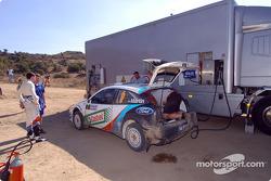 Markko Martin et Michael Park font ravitailler leurs voitures