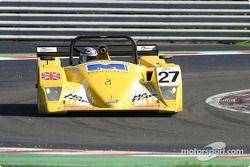 La Lola B2K/40 AER n°27 Tracsport : John Ingram, John Gaw, Rick Pearson