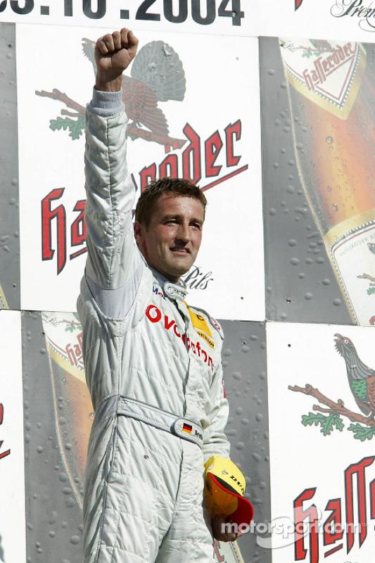 Podium: 1. Bernd Schneider, Team HWA, AMG-Mercedes C-Klasse 2004