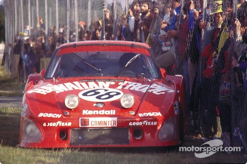 DNF for the #68 Racing Associates Porsche 935 K3: Skeeter McKitterick, Charles Mendez, Leon Walger