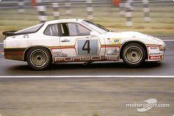 La Porsche 924 Carrera GT Turbo n°4 Porsche System : Manfred Schurti, Jürgen Barth, Eberhard Braun