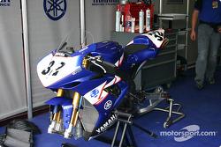 Yamaha R1 Gimbert