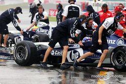 Ralf Schumacher ve Juan Pablo Montoya back pit