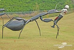 Attack of the giant ant