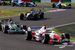 Jarno Trulli y Mark Webber