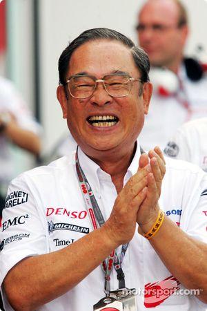 Presidente de Toyota Motor Corporation Fujio Cho