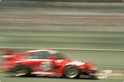 #79 Roock Racing Team, Porsche 911 GT2: Guy Martinolle, Ralf Kelleners, Bruno Eichmann