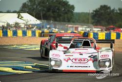 #8 Joest Racing TWR, Porsche WSC 95: Didier Theys, Michele Alboreto, Pierluigi Martini