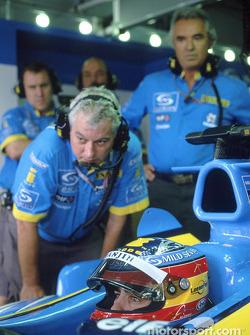Pat Symonds y Fernando Alonso