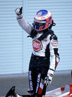 Jenson Button celebra tercer lugar final