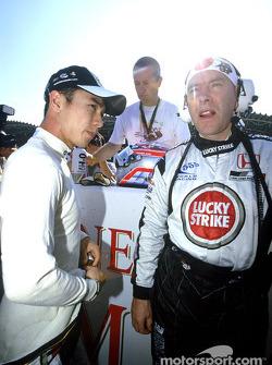 Takuma Sato en la parrilla de salida