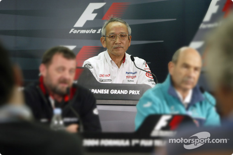 Conferencia de prensa FIA viernes: Toyota equipo principal Tsutomu Tomita