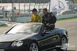 Fahrerparade: Jarek Janis, Team Rosberg, AMG-Mercedes CLK-DTM 2003; Bernd Mayländer, Team Rosberg, A