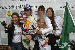 Podium : Nelson A. Piquet fête sa victoire et son titre