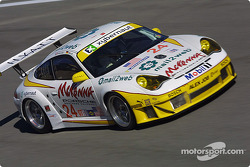 La Porsche 911 GT3 RSR n°24 Alex Job Racing : Marc Lieb, Romain Dumas