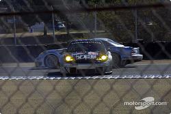 La Porsche 911 GT3 RSR n°43 BAM! : Leo Hindery, Lucas Luhr, Sascha Maassen en difficulté