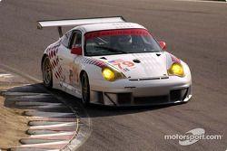 La Porsche 911 GT3 RSR n°79 J-3 Racing : Tim Sugden , Justin Jackson