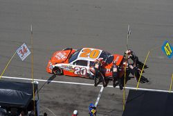 Difficulté dans les stands pour Joey Logano, Joe Gibbs Racing Toyota