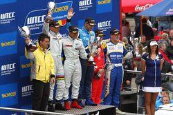 Podium, Gabriele Tarquini, SR - Sport, Seat Leon 2.0 TDI, Jordi Gene, SR - Sport, Seat Leon 2.0 TDI,