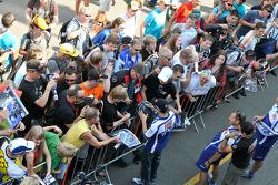 Jorge Lorenzo, Fiat Yamaha Team with fans