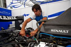 A DPR mechanic at work