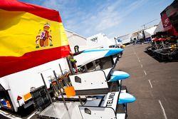 Spaanse vlag in de paddock