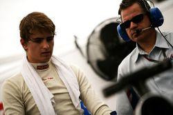Nico Muller met ingenieur