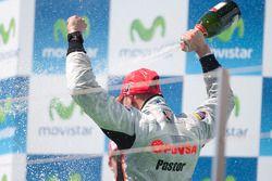 Pastor Maldonado celebrates his victory on the pdoium