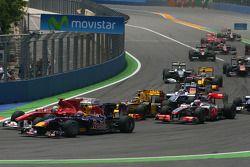 Start of the race, Mark Webber, Red Bull Racing and Felipe Massa, Scuderia Ferrari