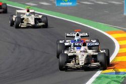 Giedo Van der Garde leads Michael Herck and Sergio Perez