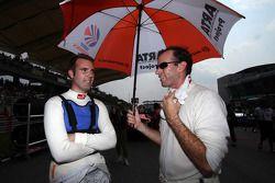 Ralph Firman, AUTOBACS Racing Team Aguri met Bjorn Wirdheim van Lexus Team Le Mans Eneos