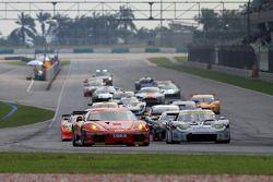 Départ de la course - GT300
