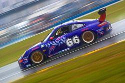 #66 TRG Porsche GT3: Andy Lally, RJ Valentine