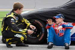 Carl Edwards, Roush Fenway Racing Ford et Mark Martin, Hendrick Motorsports Chevrolet