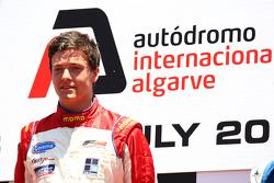 Podium: race winnaar Jolyon Palmer
