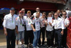LCR Honda MotoGP manager Lucio Cecchinello viert een nieuw goed kwalificatieresultaat van Randy De P